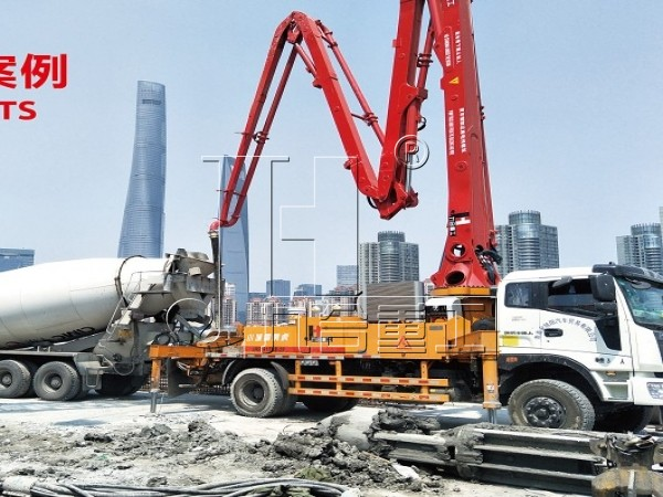 concrete pump truck